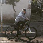 دوچرخه سواری مهناز افشار در هوای عیدانه تهران+عکس